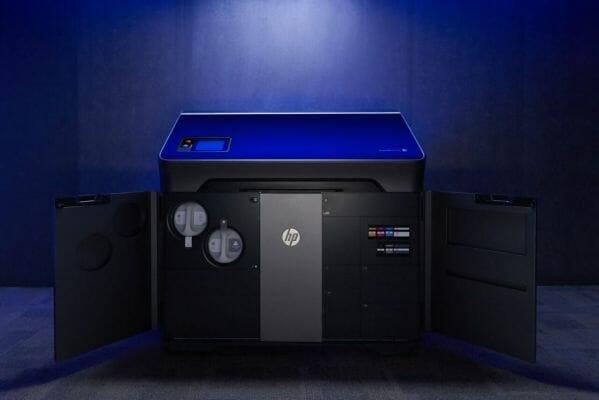 impresora 3D HP Multijet Fusion multicolor