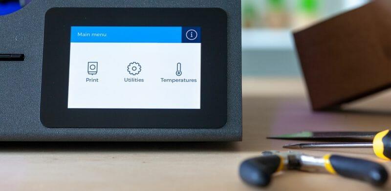 La pantalla táctil del R19. Foto a través de BCN3D Technologies.