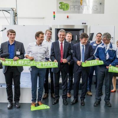 Parte del equipo del centro industrial Airbus Helicopters Donauwörth (Alemania)