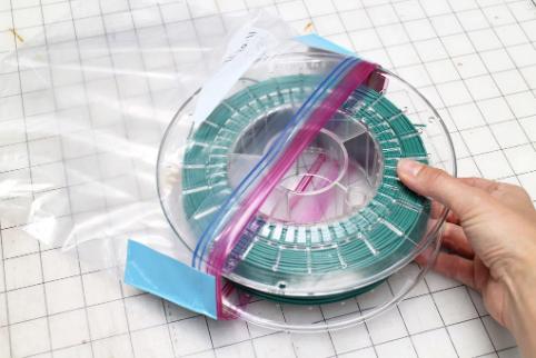 Almacenamiento-de-filamento-en-bolsas-ziploc