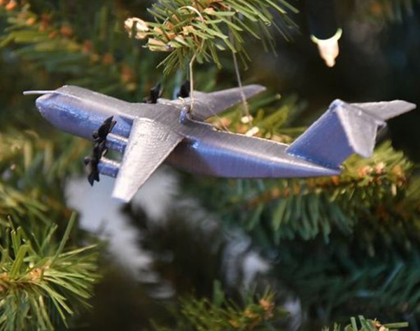 4_Airbus_A400M_Navidad